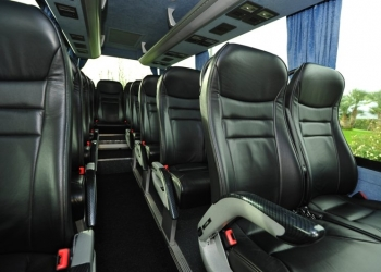Minibus 20 seats with driver for journeys in Alghero